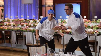 Season 11, Episode 05 16 Chefs Compete (I)