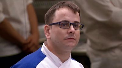 Season 14, Episode 02 17 Chefs Compete
