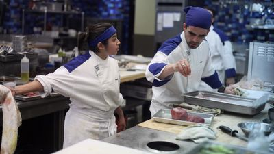 Season 10, Episode 06 13 Chefs Compete (1)