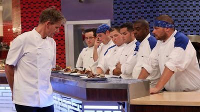 Season 13, Episode 06 13 Chefs Compete