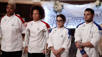 Season 15, Episode 07 11 Chefs Compete