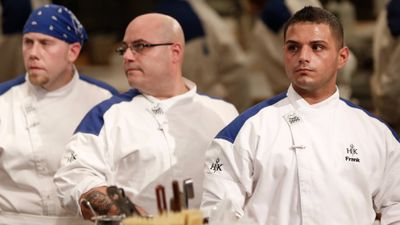 Season 15, Episode 02 17 Chefs Compete
