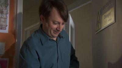 Season 08, Episode 01 Jeremy Therapised