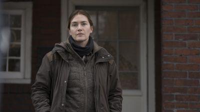 Season 01, Episode 01 Miss Lady Hawk Herself