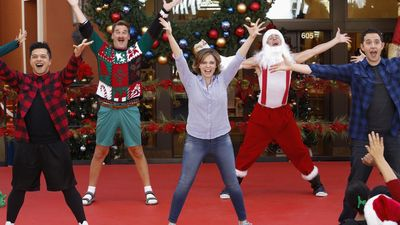 Season 01, Episode 08 My Mom, Greg's Mom and Josh's Sweet Dance Moves!
