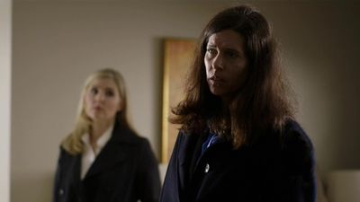 Season 08, Episode 02 Silent Night