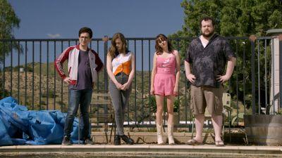 Season 03, Episode 01 Palm Springs Getaway