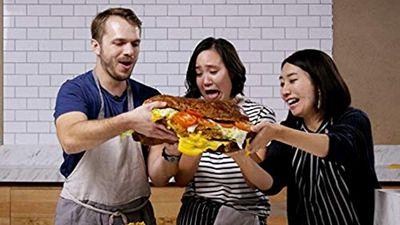 Season 03, Episode 04 We Tried To Re-Create This Giant 30-Pound Burger