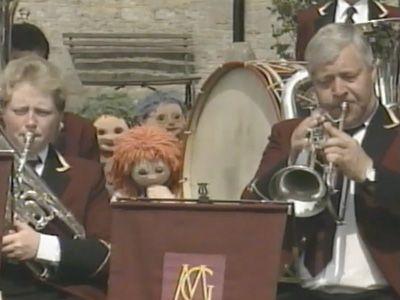 Season 01, Episode 44 The Village Band