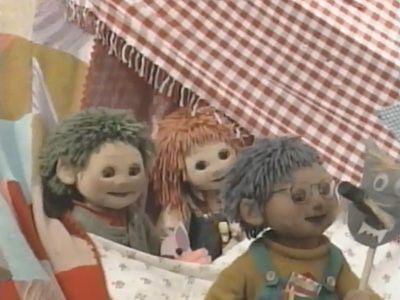 Season 01, Episode 48 Three Little Pigs