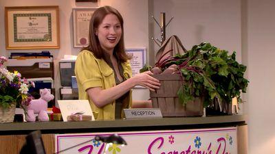 Season 06, Episode 22 Secretary's Day