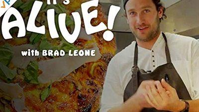 Season 01, Episode 05 Brad and Sean Evans Make Cast-Iron Pizza