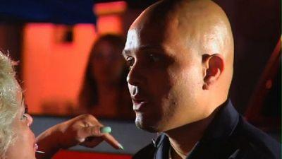Season 09, Episode 02 Monk In The Trunk