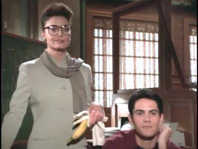 Season 01, Episode 14 Illusions of Grandeur