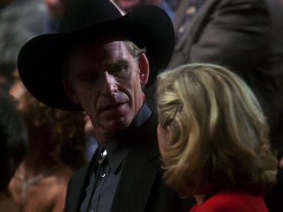 Season 03, Episode 07 Fight Night