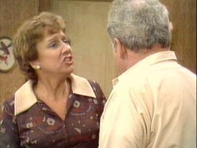 Season 05, Episode 03 The Bunkers and Inflation (3) (aka Edith the Job Hunter)