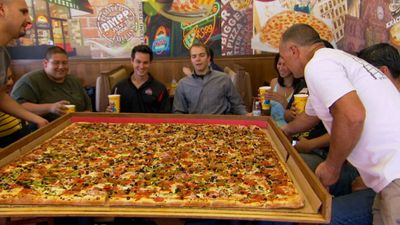 Season 17, Episode 02 Supersized Food