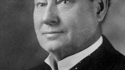 Season 07, Episode 04 Doyle & Houdini, the Poison Squad, the Great Imposter