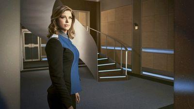 Season 17, Episode 04 Adrianne Palicki, the Shelters, Lauren Lapkus