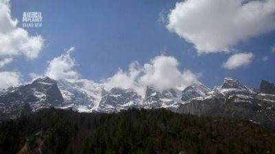 Watch SHOW TITLE Season 01 Episode 01 The Himalayas: Surviving The Summits