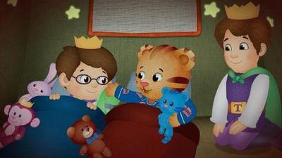 Watch SHOW TITLE Season 08 Episode 08 Daniel Goes to Sleep / Prince Wednesday Sleeps Over
