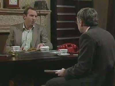 Season 03, Episode 04 Communal Social Evenings