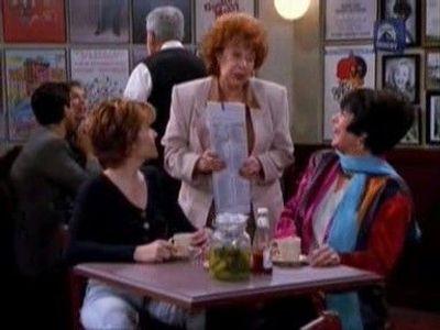 Season 03, Episode 22 Caroline and the Sandwich