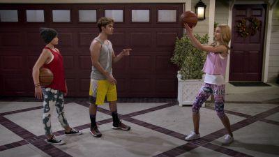 Season 01, Episode 03 Basketball