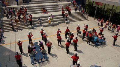 Season 05, Episode 01 Love, Love, Love