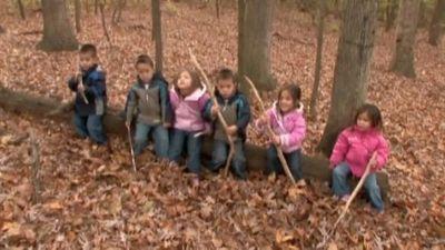 Season 04, Episode 33 Walk in the Woods