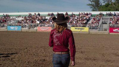 Season 09, Episode 03 Riding for a Fall