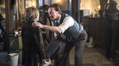 Season 03, Episode 01 Whitechapel Terminus
