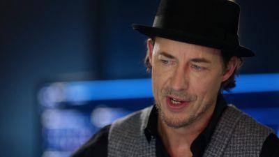 Season 05, Episode 11 Seeing Red