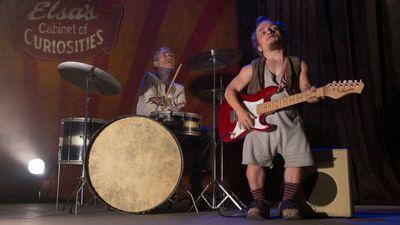Season 04, Episode 09 Tupperware Party Massacre