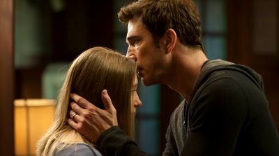 Season 01, Episode 08 Rubber Man