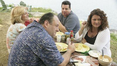 Season 06, Episode 13 Soprano Home Movies