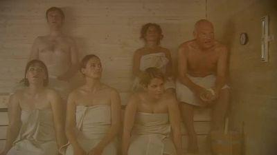 Season 03, Episode 03 Die Saunabürste