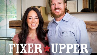 fixer upper season 5 where to watch every episode reelgood. Black Bedroom Furniture Sets. Home Design Ideas