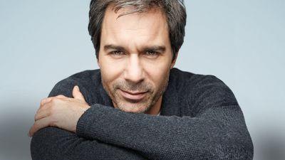 Season 03, Episode 01 Paris