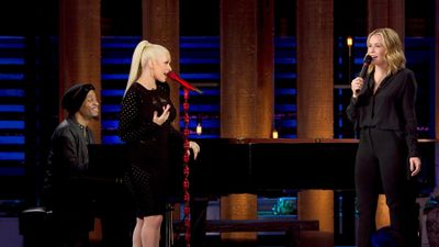 Watch SHOW TITLE Season 01 Episode 01 Christina Aguilera & Chelsea on Ice