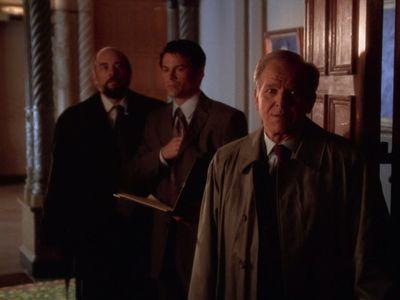 Season 01, Episode 19 Let Bartlet Be Bartlet