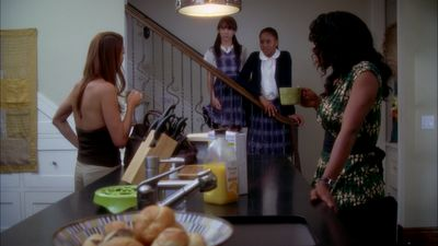 Season 01, Episode 05 In Which Addison Finds a Showerhead