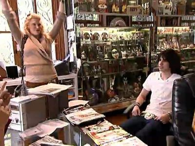 Season 01, Episode 01 Happily Unmarried