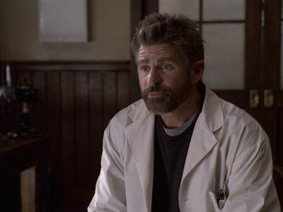 Season 01, Episode 04 The Kissing Bridge