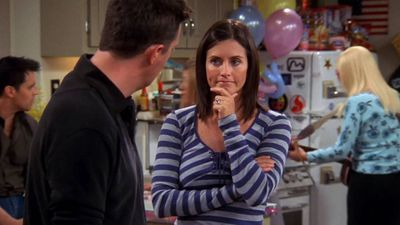Season 10, Episode 04 The One with the Cake