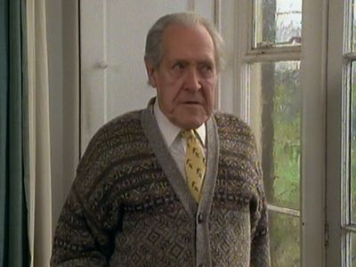 Season 01, Episode 03 An Autumn Shroud