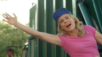Watch SHOW TITLE Season 01 Episode 01 White Trash