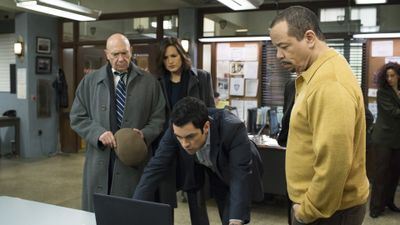 Season 15, Episode 11 Amaro's One-Eighty