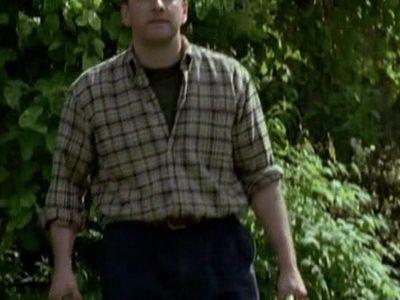 Season 04, Episode 01 Garden of Death