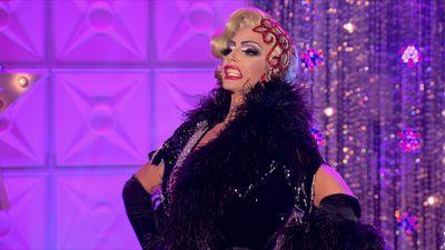 Season 02, Episode 01 All Star Talent Show Extravaganza